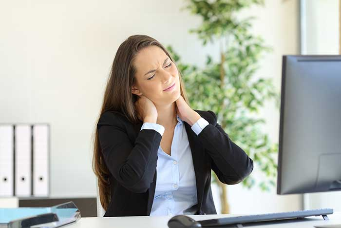 Tips on How to Reduce Back and Neck Pain at Work