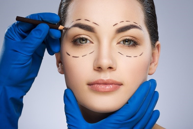 Tips for Picking the Right Facial Plastic Surgeon