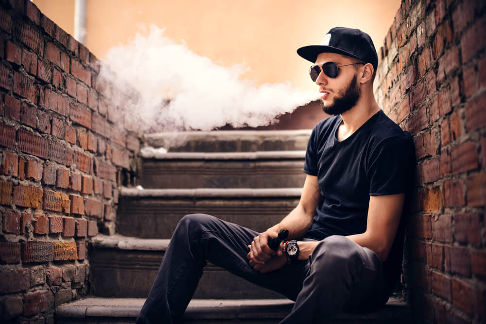 Vaping: An Alternate Smoking Option Which You Should Consider