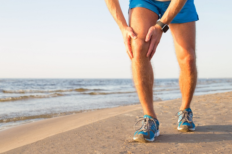 What to do if the surgeon fails to recognize risks before performing knee surgery?